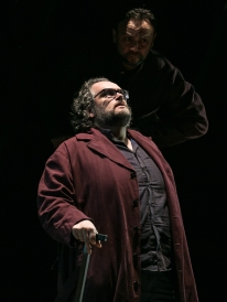Prove I masnadieri_Riccardo Zanellato (Massimiliano), Saverio Fiore (Arminio)_ph Yasuko Kageyama-Opera Roma 2017-18_5297 WEB