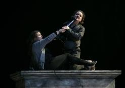 Prove I masnadieri_Roberta Mantegna (Amalia), Artur Rucinski (Francesco)_ph Yasuko Kageyama-Opera Roma 2017-18_5352 WEB