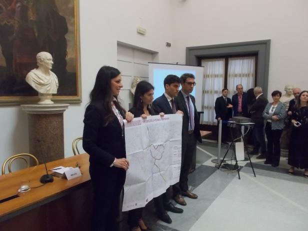 Sala Piccola Protomoteca : Cronaca u2013 cultura u2013 campidoglio u2013 mobilità elettrica e pedonale