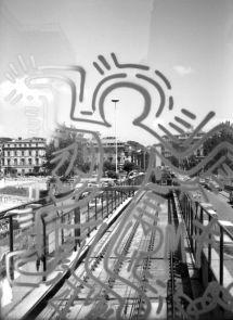 12-Keith Haring Deleted - Roma, Ponte della Metro A, stazioni Flaminio-Lepanto, 1984-86, foto di Stefano Fontebasso De Martino - coll.privata
