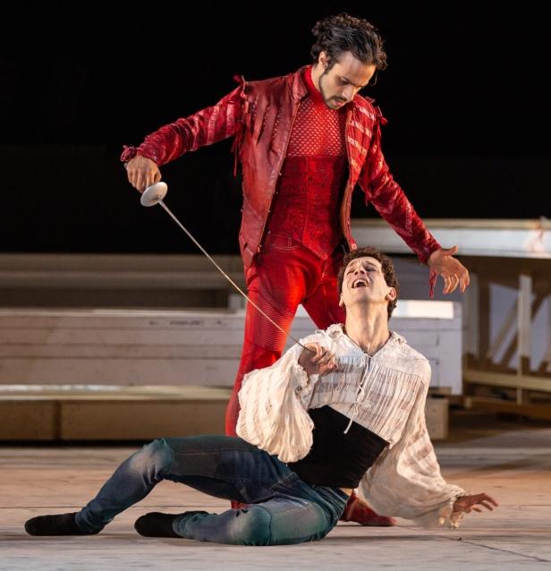 Rezza-Giarda in Romeo e Giulietta di Giuliano Peparini -« Yasuko Kageyama WEB