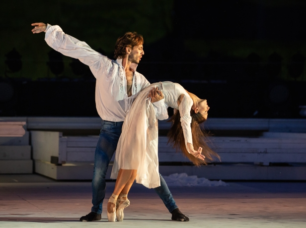 Salvi-Cocino in Romeo e Giulietta di Giuliano Peparini -« Yasuko Kageyama WEB (3)