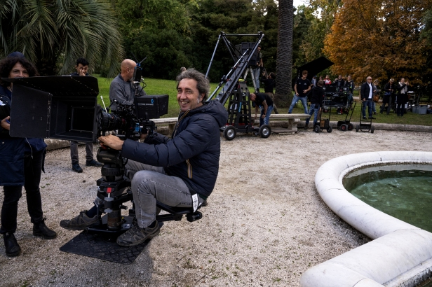 52412-THE_NEW_POPE_-_Director_Paolo_Sorrentino__Credits_-_Gianni_Fiorito_