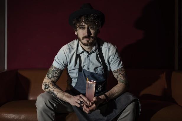 Alessandro di Fabrizio, barman de La Nuova Lavanderia di Pescara